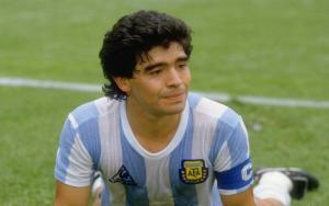 Lewati Jumlah Gol Maradona, Penyerang Napoli Minta Maaf