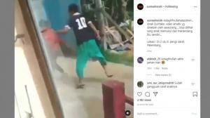 Viral Video Pemuda Tendang Ibu-ibu di Palembang, Disumpahin Netizen